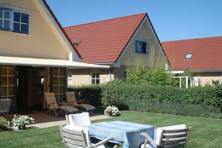 Moderna Casa en el norte de Holanda, cerca del Mar