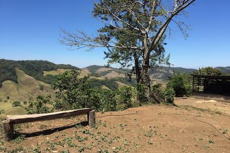 Camping only 12 km from Monteverde! - Cabeceras de Cañas