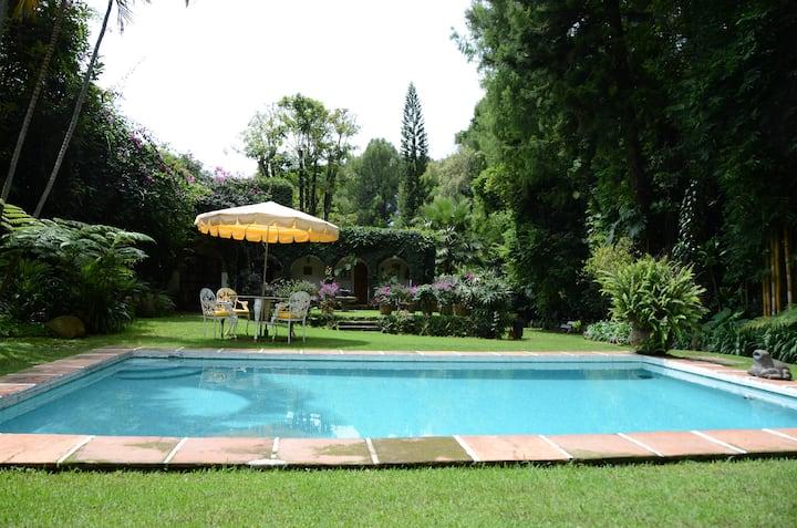 """Casa """"Los Rodríguez"""", acogedora casa junto al río"""