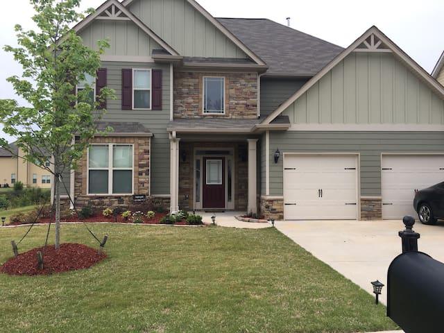 Fayetteville/ Pinewood Home - Fayetteville - Dom