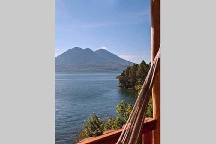 Blue Heron, Lakeside cabana, en-suite, kitchen