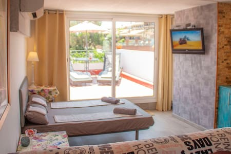 ⭐️El Nido⭐️   Studio with top Terrace and sea view