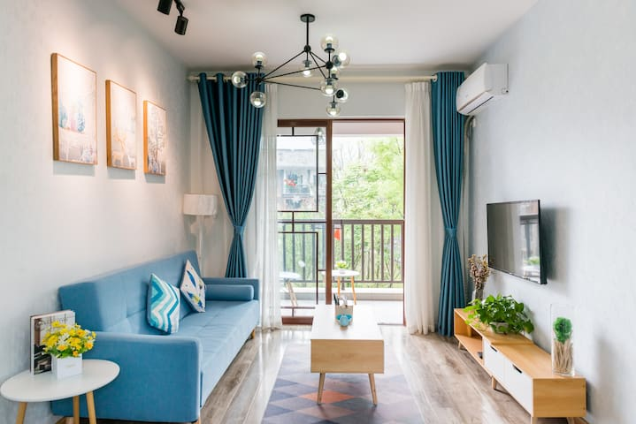 途悦度假公寓蓝色格调豪华套房