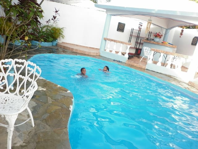 Caribian living in a lovely hostel - Puerto Plata - Villa
