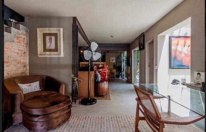 Casa Linda no Itaim Bibi (locando anualmente tbem)