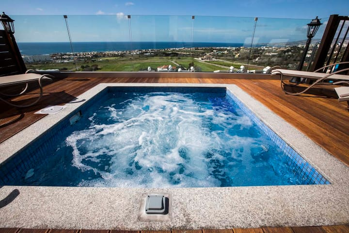 Diamond 17. Private 3 bedroom holiday home.