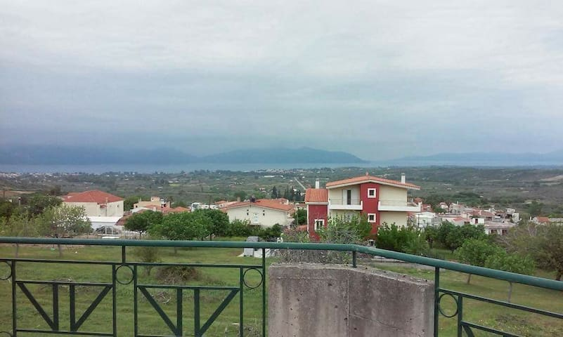 Cozy apartment with great views in Euboea - Taxiarchis - Lejlighed
