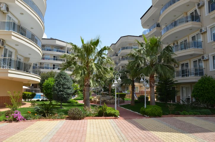Nice living in Flower Garden Alanya / Oba - Alanya - Apartment