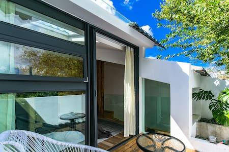 Loft A Independent Suite +Terrace + Skylight
