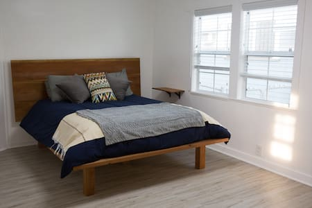 Fresh quiet apartment in heart of Highland Park - Los Angeles - Appartement