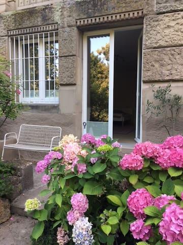 Schönes Gartenzimmer / Beautiful garden room