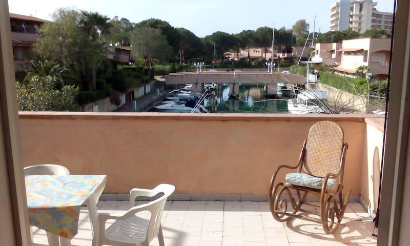 Appartamento con terrazzo vista laguna - 6 pax -