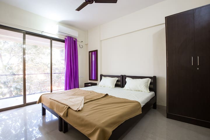 Luxurious 2BHK Homestay For All at Ribandar 304 - Ribandar - Huoneisto