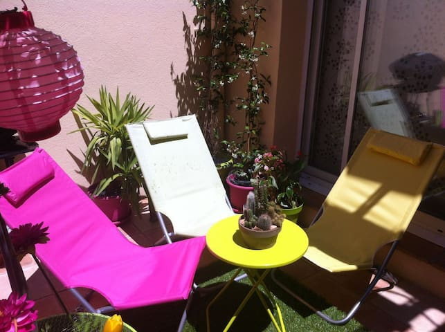 Chambre, parking privé, terrasse - Draguignan - Lejlighed