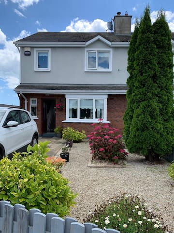Riverchapel haven close to beach and courtown