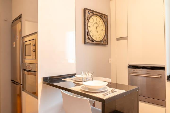 Cocina Completa / Full Kitchen