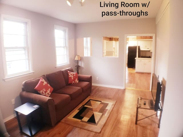 1st Floor Apt close to Hospitals/The Army Base!