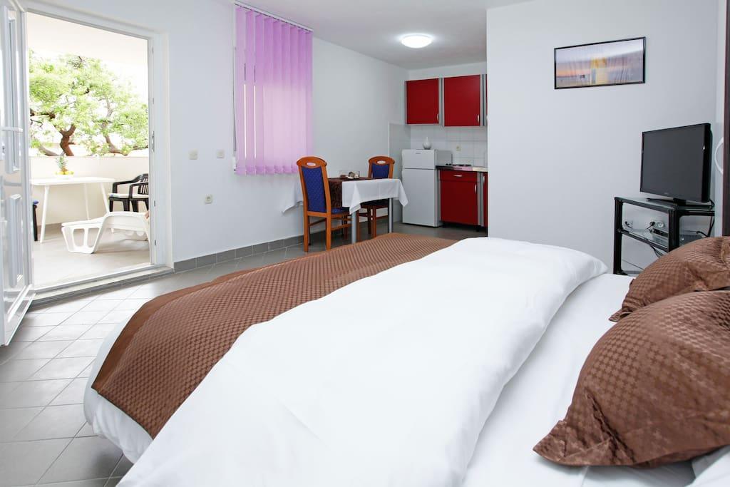 apartment sleeping&living area