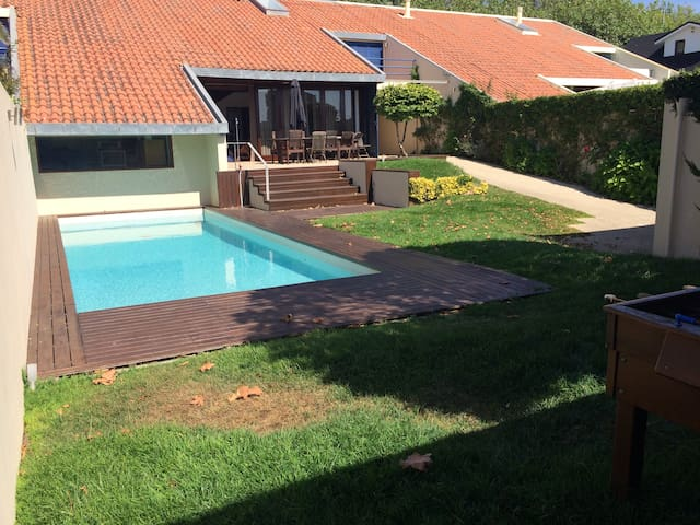 Amazing beach house, 14m to Porto downton - Arcozelo - Maison