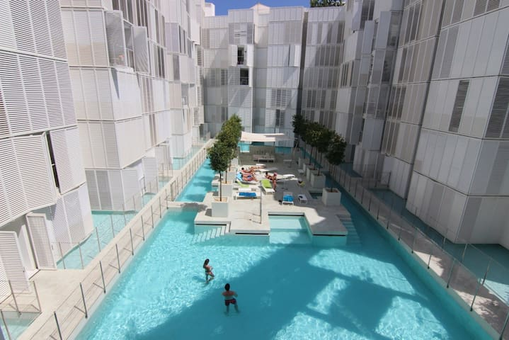 2 bedroom flat in Ibiza, Botafoch - Botafoch, Ibiza - Apartment