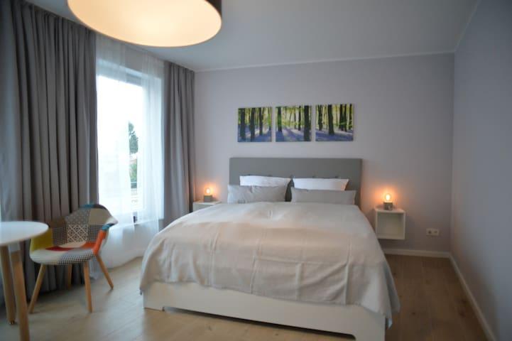 Grey House Apartments Grossbeeren 201