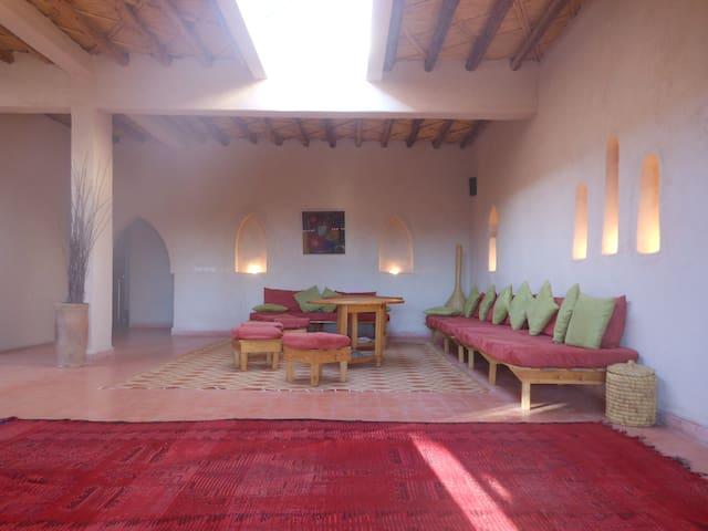 Marrakech montagne Villa 2 chambres piscine et SPA - Amizmiz - Haus