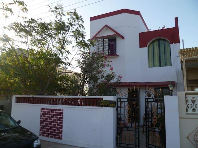Desert Adventures (home stay) Bhuj