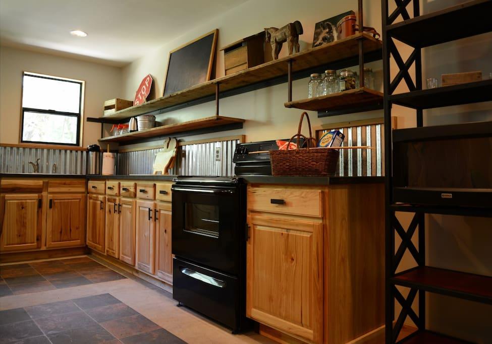 Full Prep Kitchen