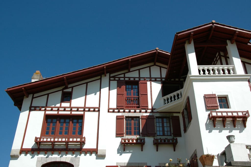 Maison familiale au pays basque houses for rent in urrugne aquitaine france - Maison close pays basque ...