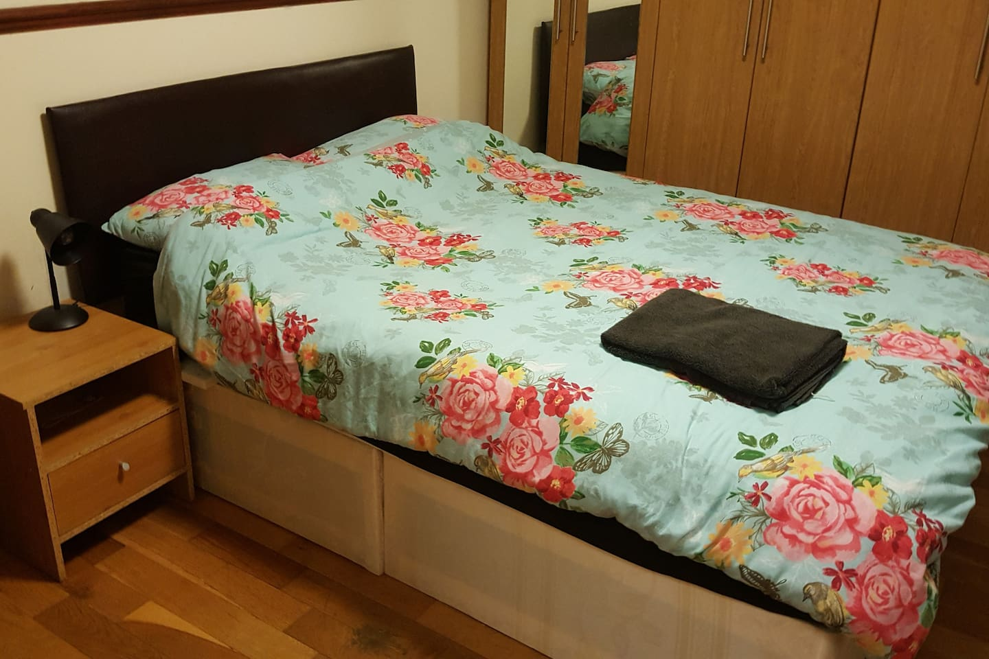 double bed ,side draw with lamp