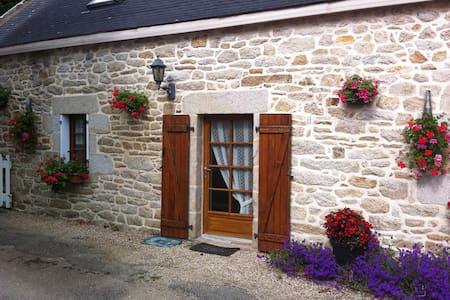 "Véritable ""Penty"" Breton - Landudec - Huis"