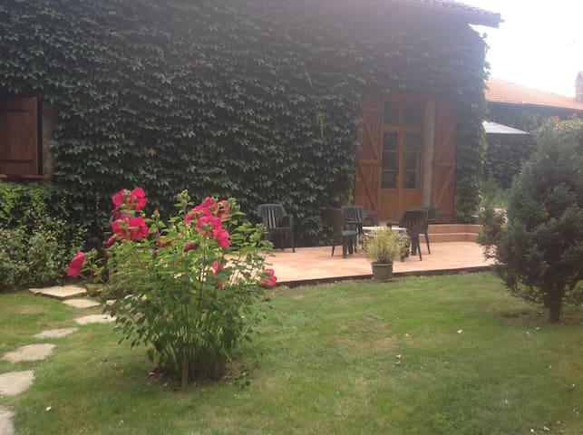 Superbe grange rénovée - Saint-Aunix-Lengros - Casa