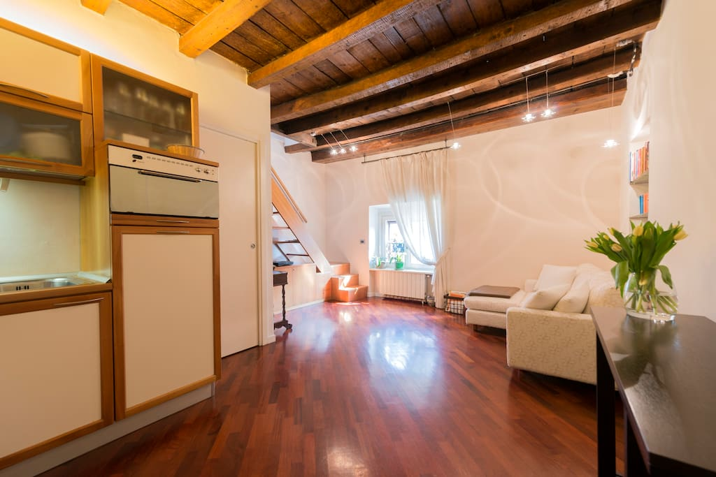 Centro storico brera moscova appartamenti in affitto a for Brera appartamenti