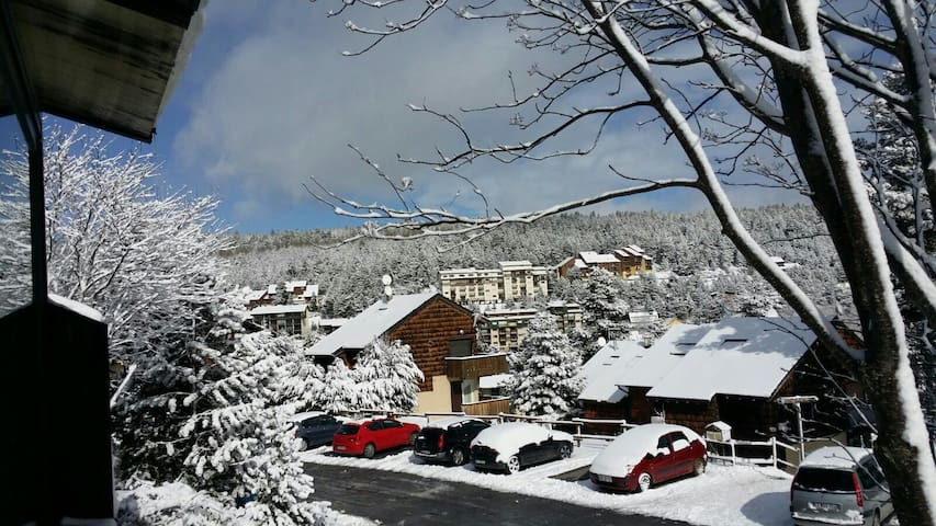 A pié de  pistas de esqui - Bolquère - Casa