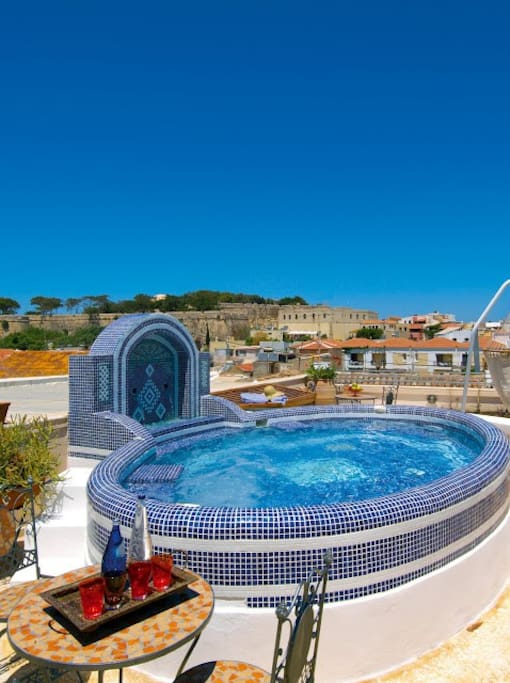 JACUZZI ROOF TOP