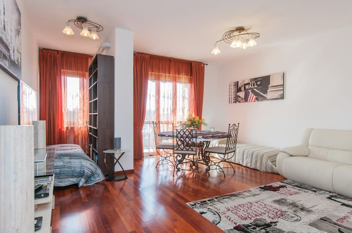 90 mq close to Navigli - Milaan - Appartement