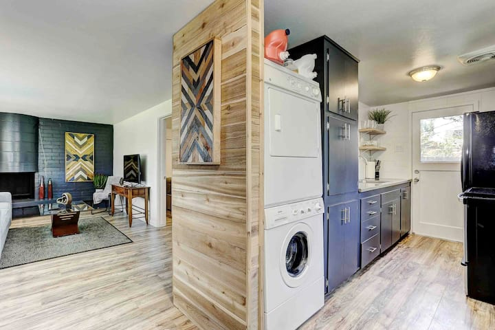 1 bed/1bath Duplex in Heart of Boise!