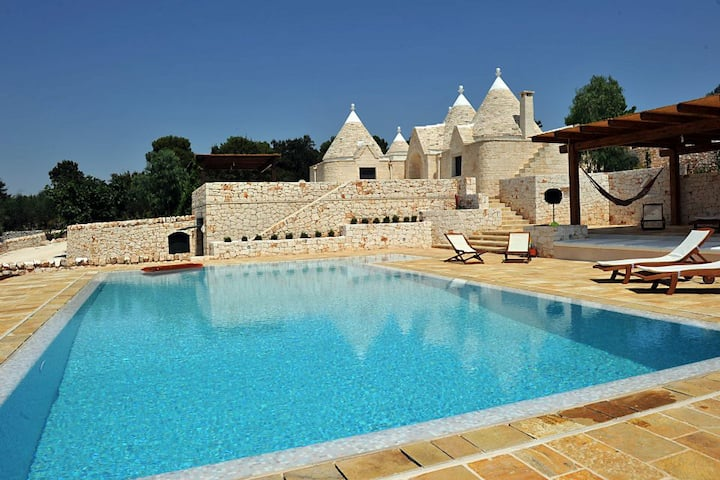 Villa + pool in Cisternino, Puglia