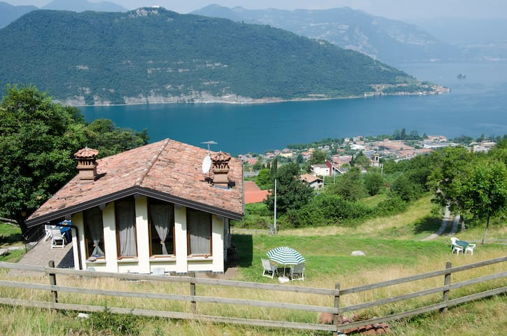FARMHOUSE  NAROVINA *2 ISEO LAKE - Sale Marasino - วิลล่า