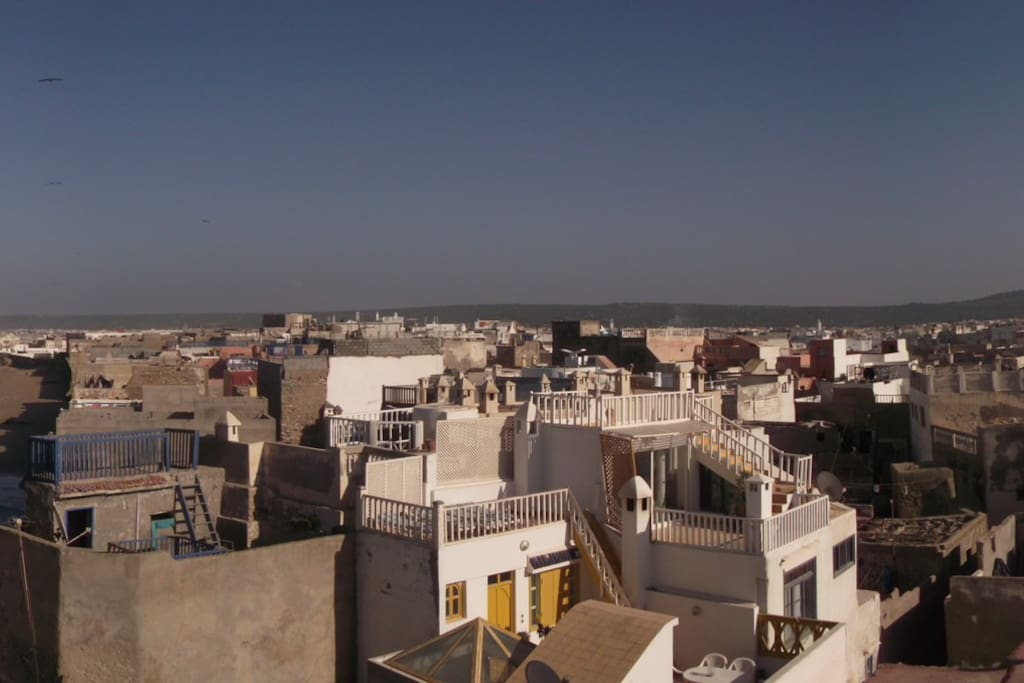 Riad essaouira medina houses for rent in essaouira for Airbnb marrakech