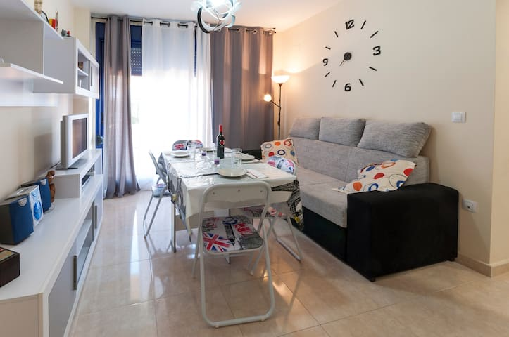 ULTRAVIOLET - Apartment for 5 people in Bellreguard.