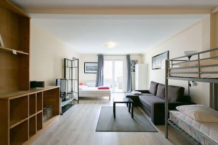 PARIS EAST SIDE LODGE  1- STUDIO - Pantin - Apartamento