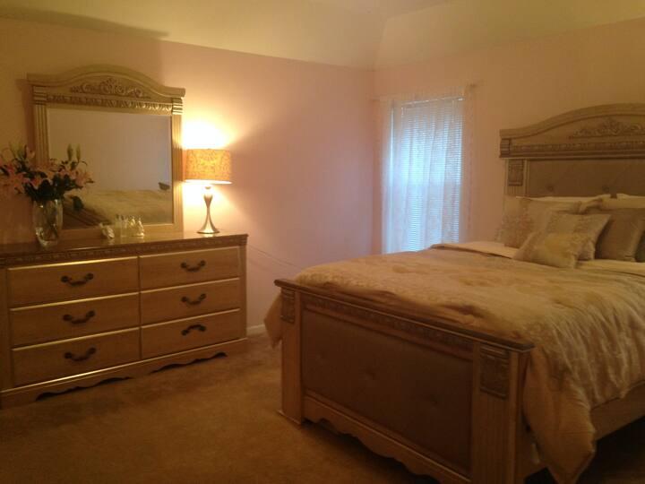 Elegant room in Houston area