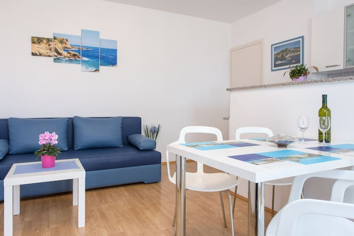 Holiday Apartments Stasic APP.1 - Vrbnik