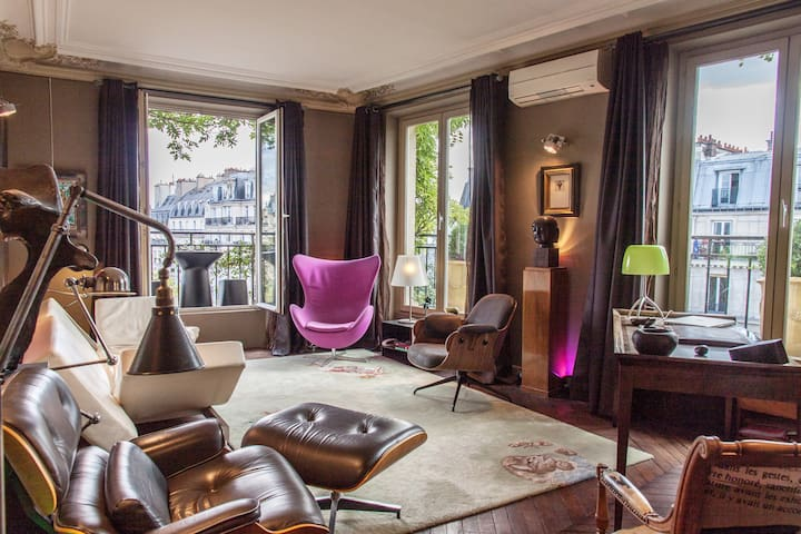 LARGE and LUXURIOUS Penthouse , Haut Marais