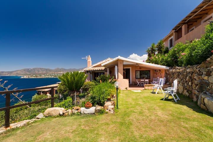 Villa Marinella -  villa sul mare - Torre Delle Stelle (Maracalagonis) - Huvila