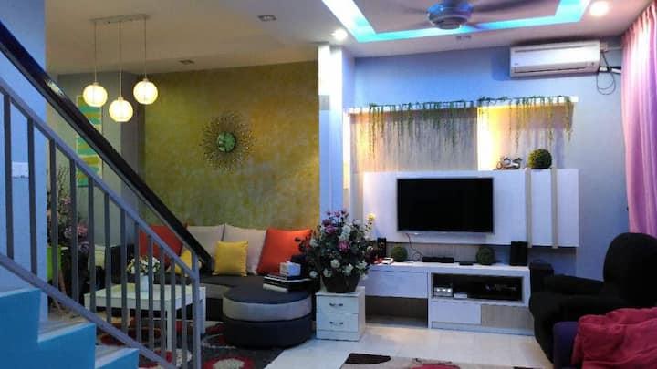 Anggun Inap Homestay & OKU Friendly Accommodation