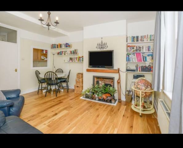 Gorgeous duplex center of St Albans - Saint Albans - Apartamento
