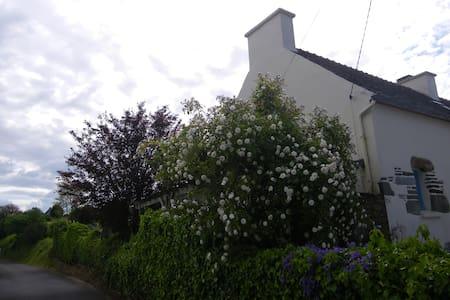 Maison de vacances à LOCQUIREC, 300 m de la plage - Locquirec - 独立屋