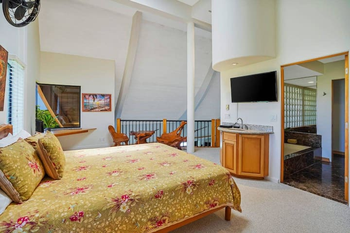 Large Master Bedroom with King Bed & private Bathroom with double sink